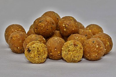 Boilies Sweet Gold - Tygří ořech, 15 mm